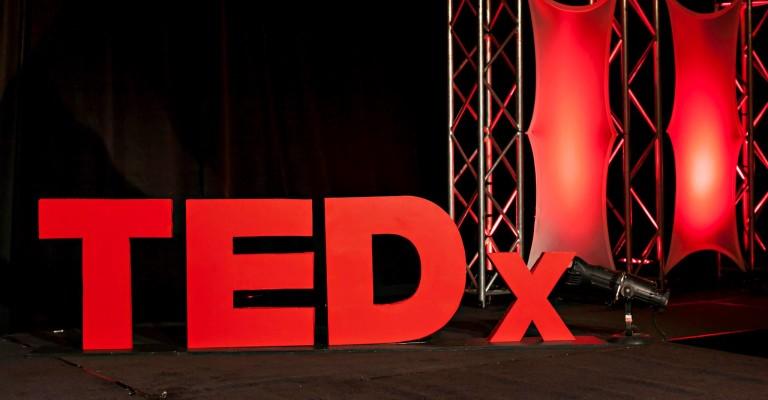 Próximo teórico: Mini TEDx DatosUba